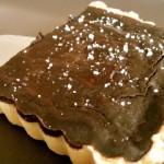 Di come ho iniziato a sfornare torte: crostata al cioccolato e tahina